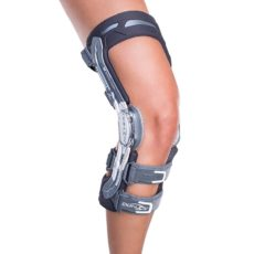 DONJOY A22 Titanium knæskinne | DonJoy | ACL | knæsmerter | PCL |