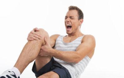 Hvad sker der når knæskallen går af led (patellaluksation)?